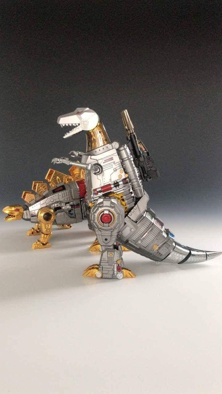 [GigaPower] Produit Tiers - Jouets HQ-01 Superator + HQ-02 Grassor + HQ-03 Guttur + HQ-04 Graviter + HQ-05 Gaudenter - aka Dinobots - Page 7 QtOEmBPd_o