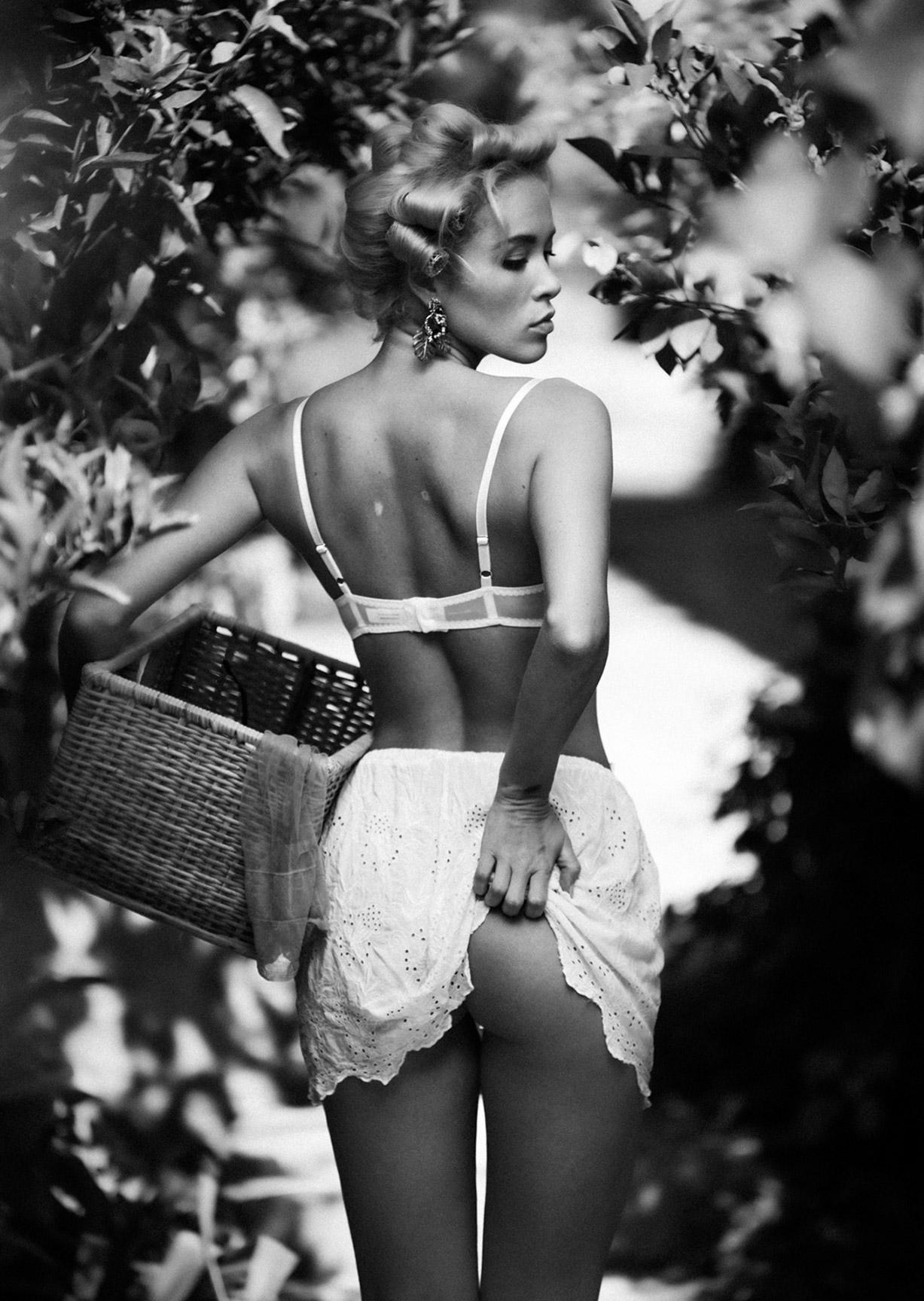 Сексапильная Виктория Яровая на Сицилии / фото 01