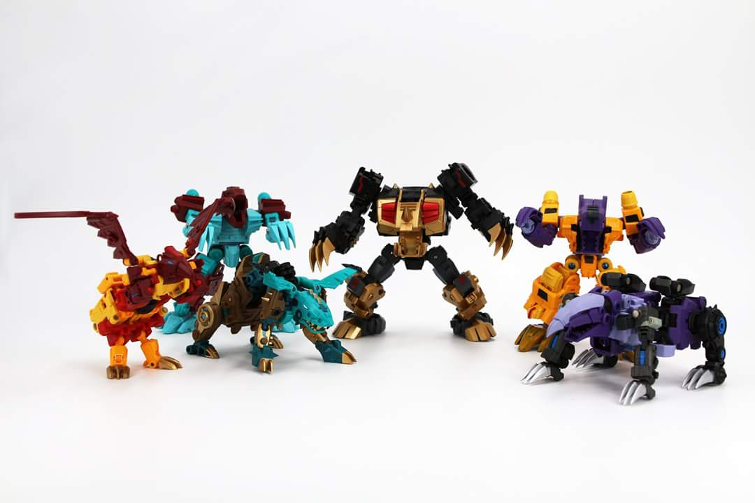 [FansProject] Produit Tiers - Jouet Saurus Ryu-oh aka Dinoking (Victory) | Monstructor (USA) - Page 3 IFcXiQeY_o