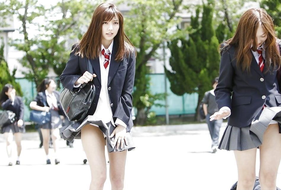 Cute asian schoolgirl-7453