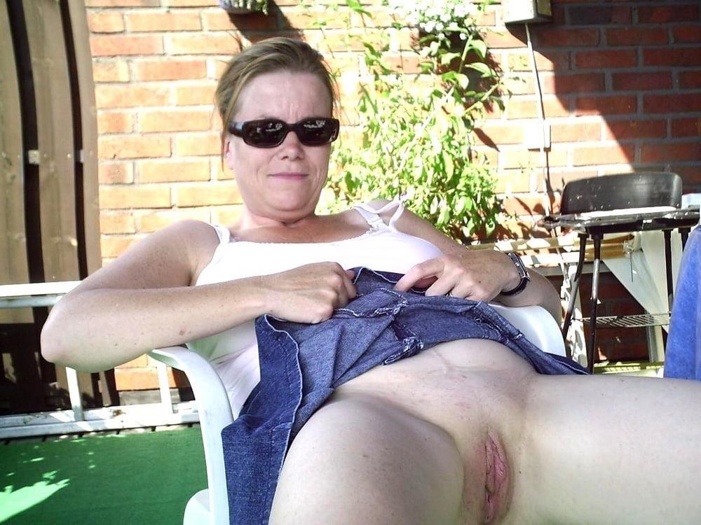 Porn pics mature amateur-9936
