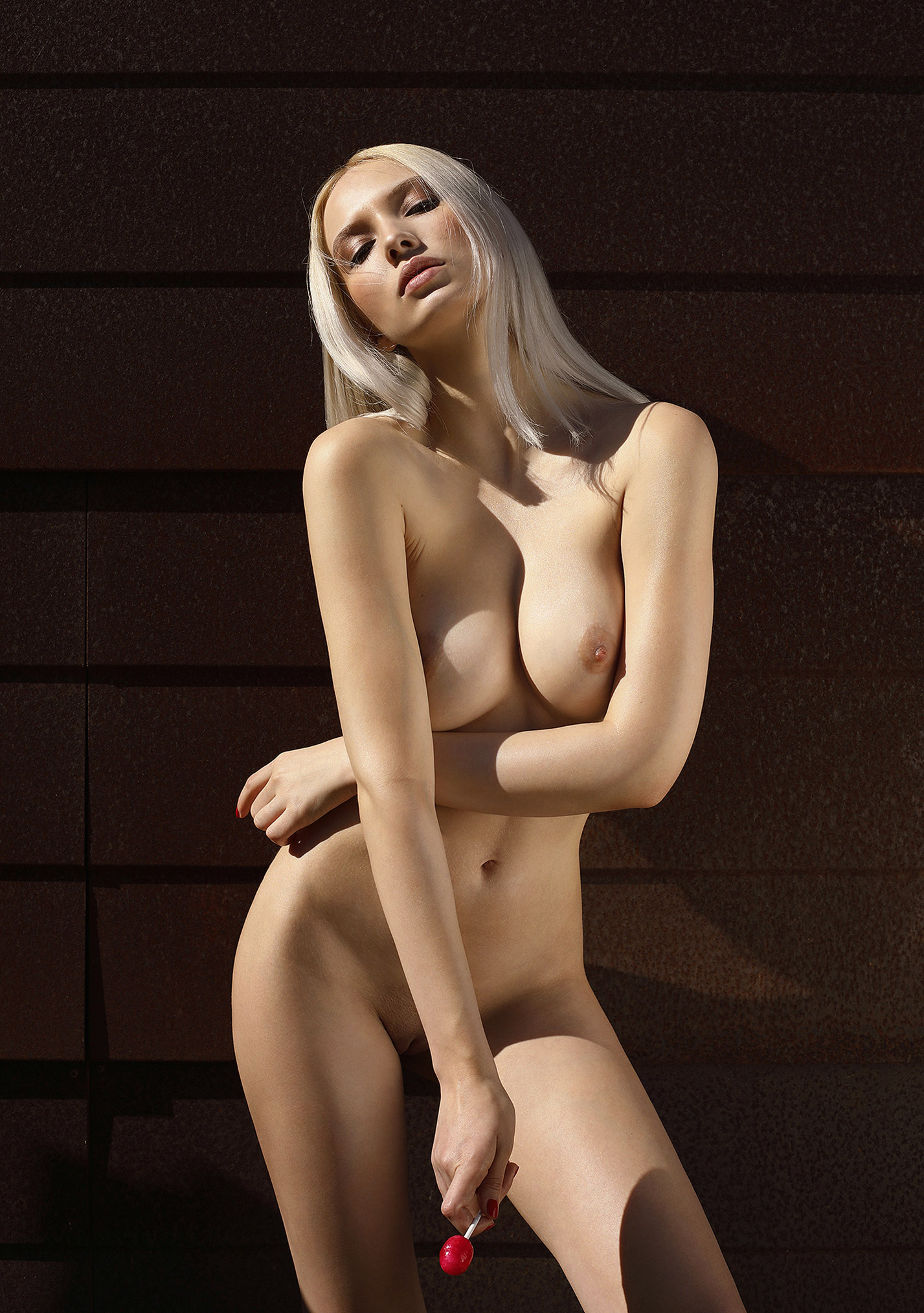 Сексуальная и голая Моника Васп позирует для фотографа журнала Playboy Аны Диас / фото 06
