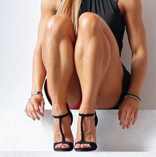 Bodybuilder female clit-9551