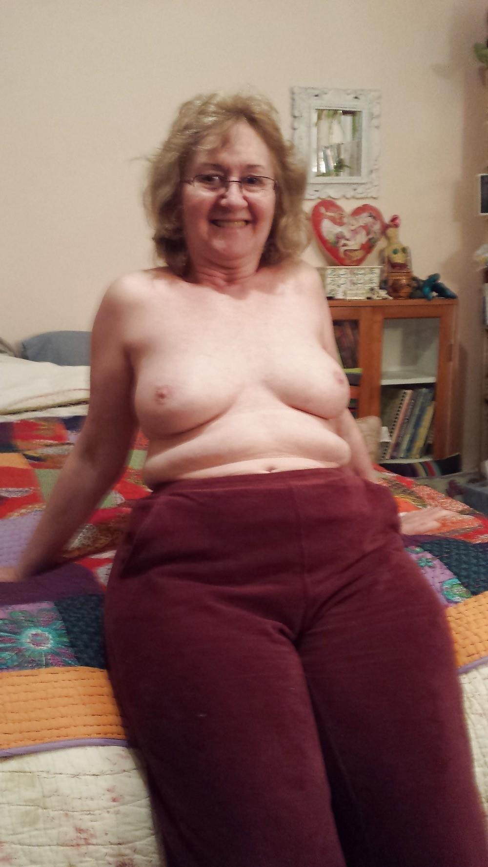 Chubby granny nude pics-7023