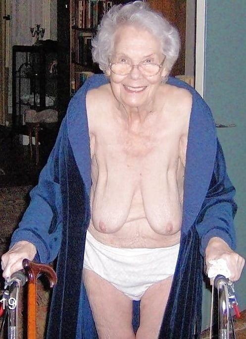 Pics naked grannies-2436