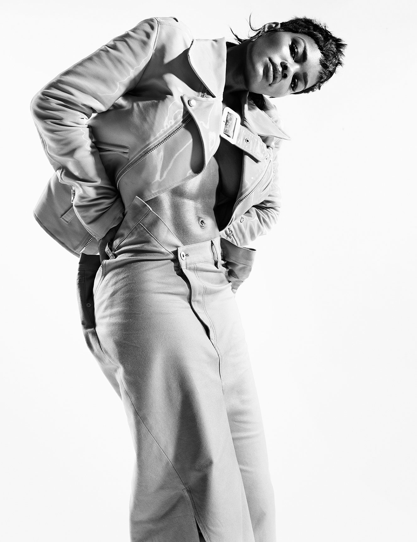Тейяна Тейлор в хаос-выпуске журнала i-D, лето 2020 / фото 05