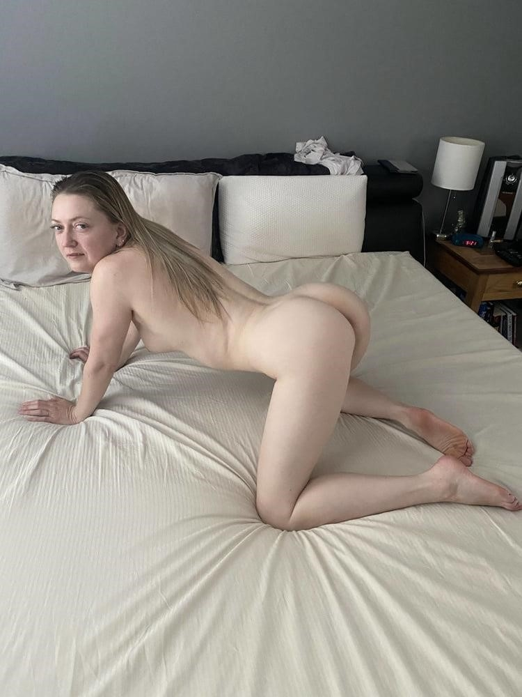 Hottest blonde milf-5589
