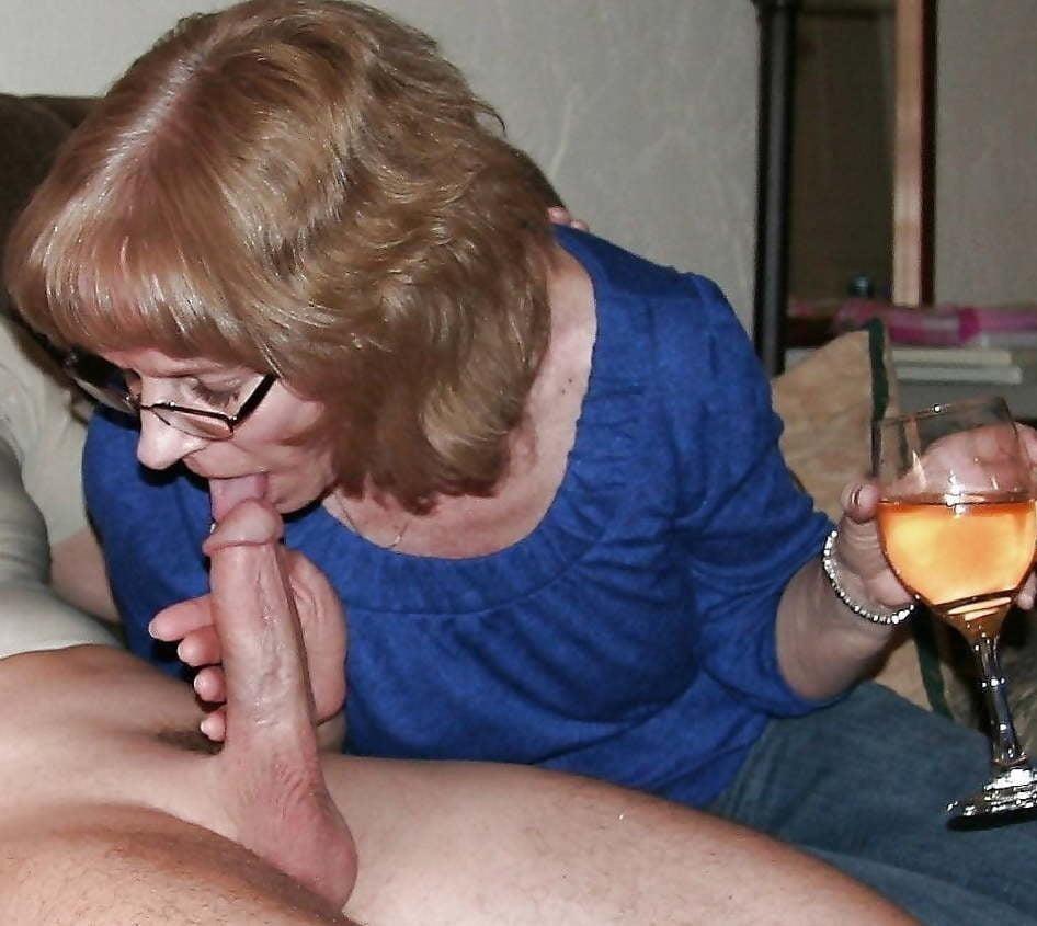 Blowjob granny pics-7845