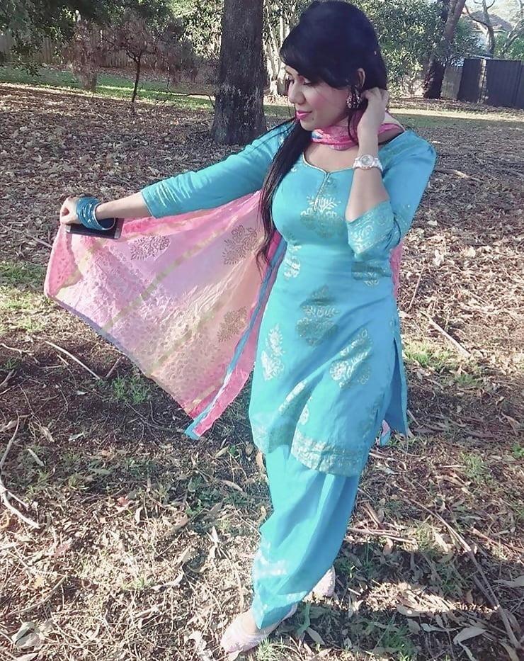 Sexy punjabi girls pic-5705