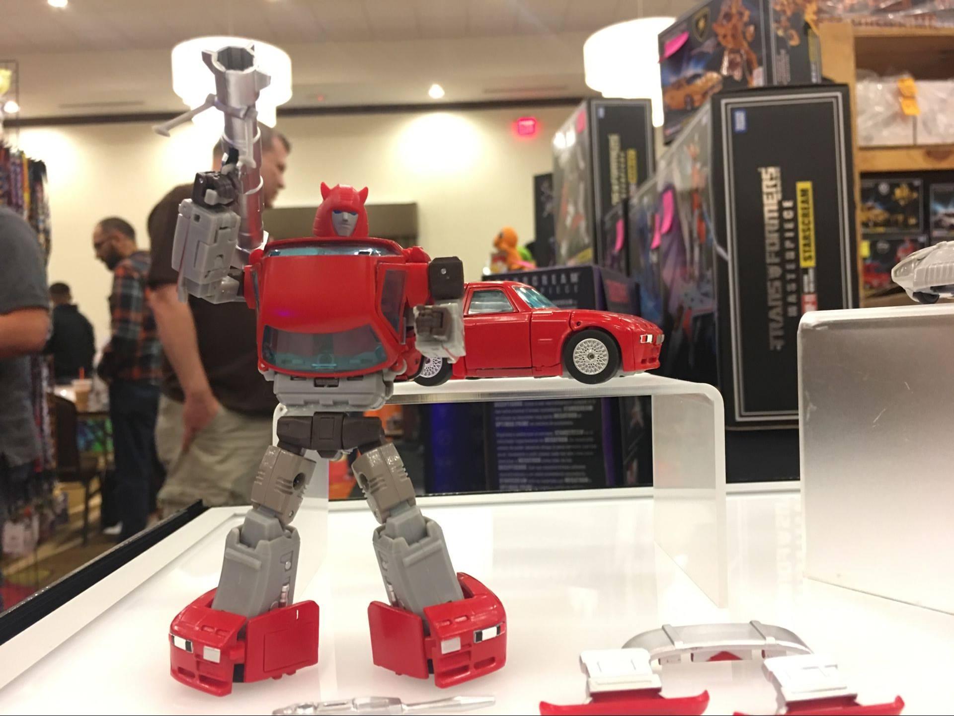 [Ocular Max] Produit Tiers - Minibots MP - PS-09 Hellion (aka Cliffjumper/Matamore), PS-11 Omne - (aka Cosmos) W62fsgNo_o