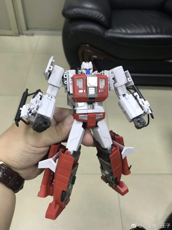 [Generation Toy] Produit Tiers - Jouet GT-08 Guardian - aka Defensor/Defenso - Page 2 X8lWmTjs_o