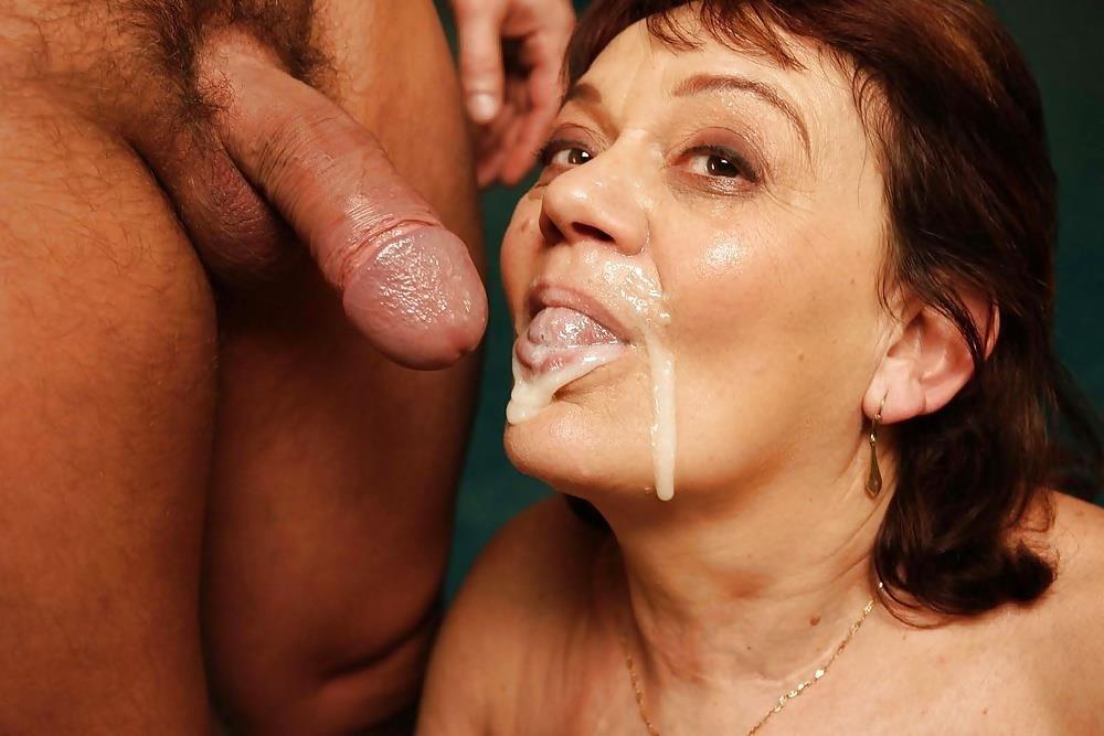 Massive female orgy-6443