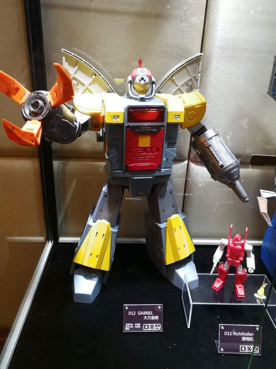 [DX9 Toys] Produit Tiers - Jouet D-12 Gabriel et D-12X Gabriel-X - aka Omega Supreme  et Omega Sentinel (Gardien de Cybertron) DY3jpLCm_o