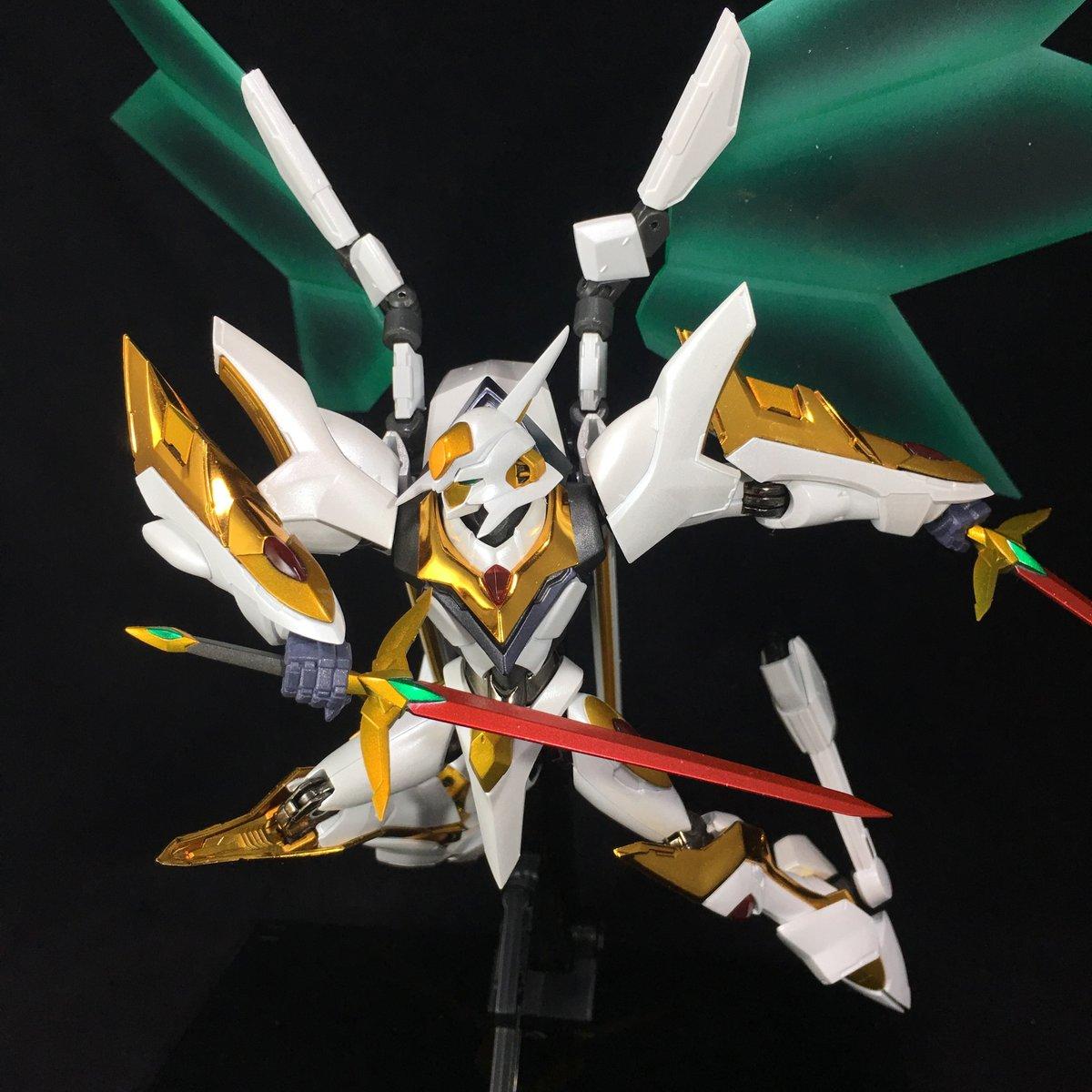 "Gundam : Code Geass - Metal Robot Side KMF ""The Robot Spirits"" (Bandai) - Page 2 Tn8hm38K_o"