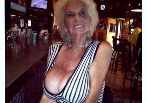 Busty granny porn pics-7914