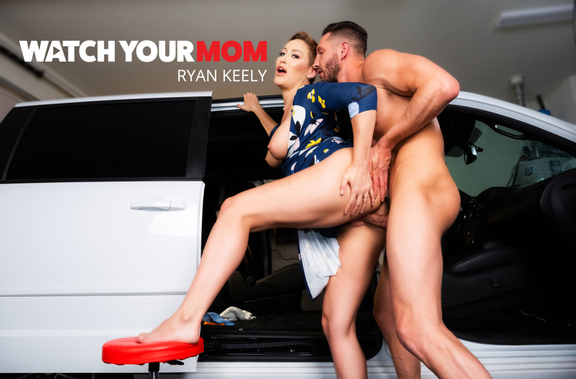 Ryan Keely, Quinton James - Watch Your Mom - Naughty America