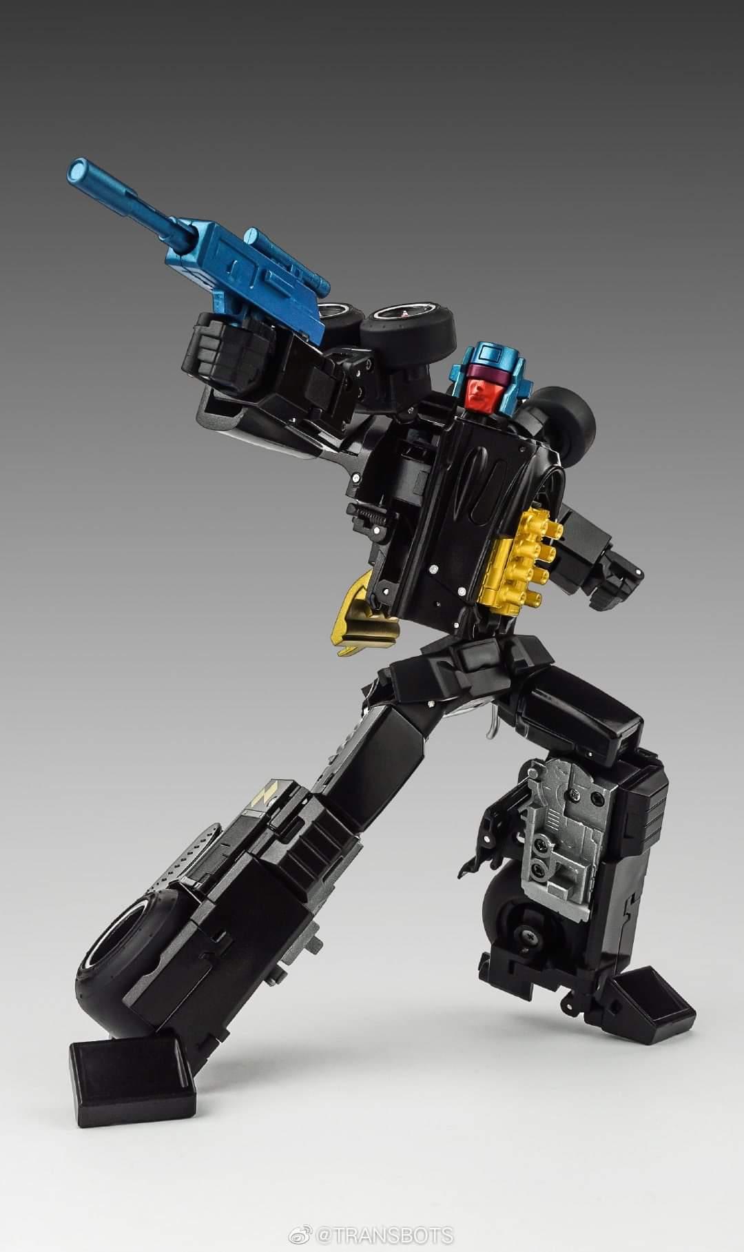 [X-Transbots] Produit Tiers - Jouets Berserkars forme Monolith (MX-XIII à MX-VII) - aka Stunticons forme Menasor/Menaseur - Page 6 ZwXmm92V_o