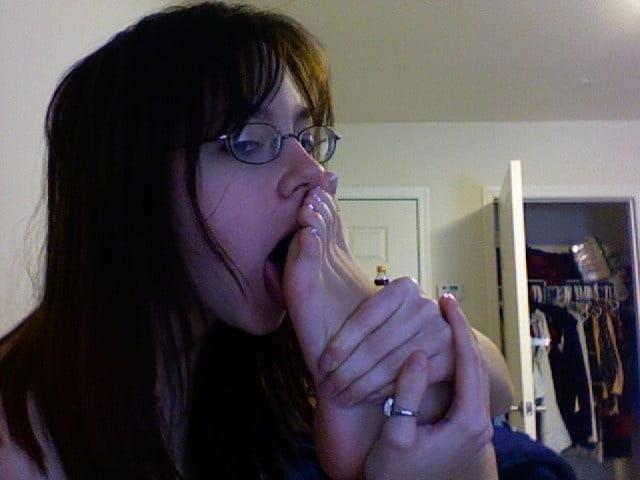 Mistress tiffany foot worship-8113