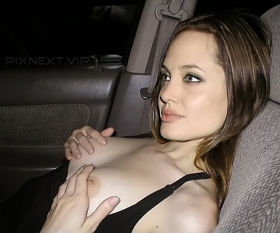 (46) ⭐ NUDE PHOTOS ⭐STYLISH ANGELINA JOLIE SEXY PIC