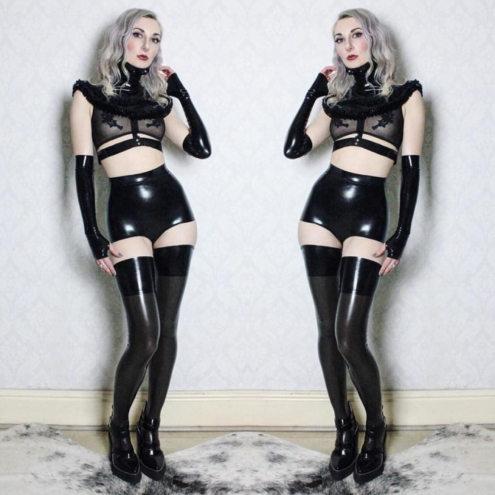 Latex stockings porn pics-4383