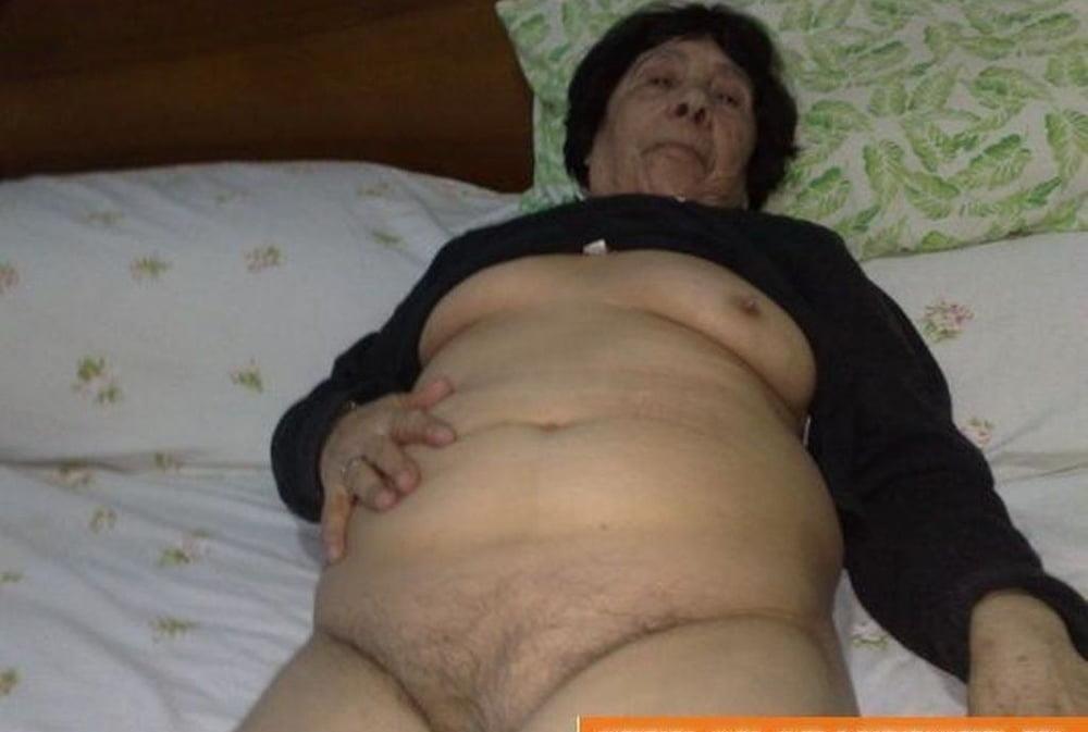 Pics naked grannies-1224