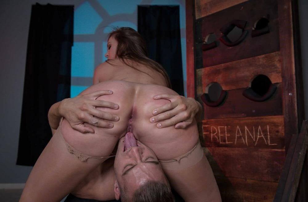 Free hot mom anal-6108