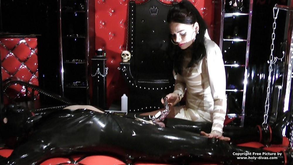 Femdom rubber slave-4137