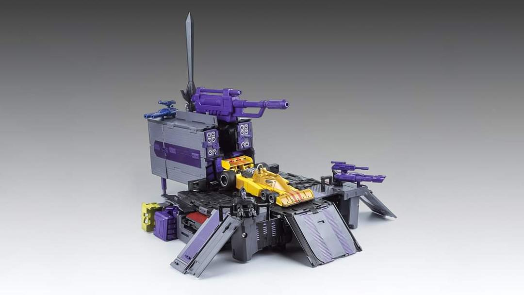 [X-Transbots] Produit Tiers - Jouets Berserkars forme Monolith (MX-XIII à MX-VII) - aka Stunticons forme Menasor/Menaseur - Page 7 XpVaTka4_o