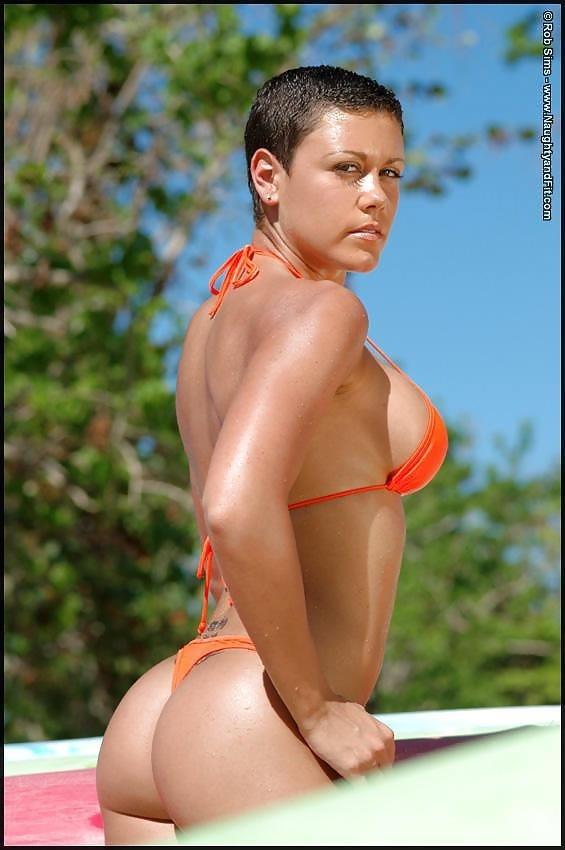 Beautiful fit naked women-3752