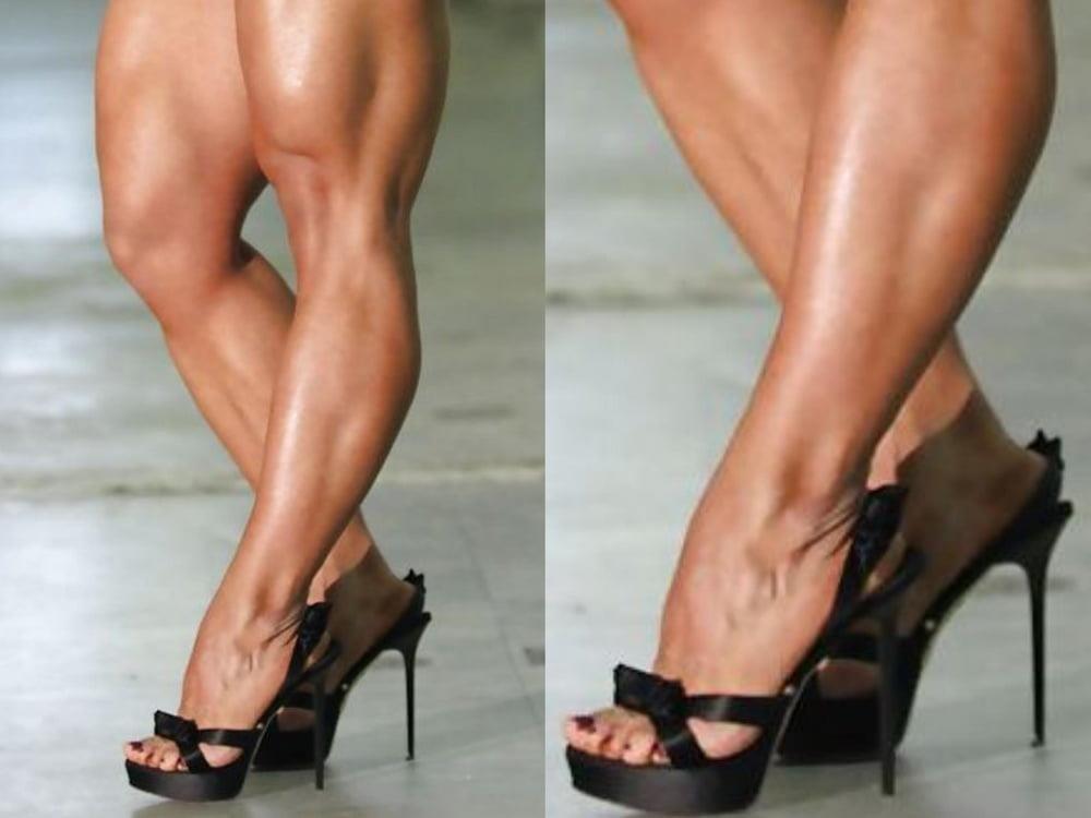 Bodybuilder female clit-5710