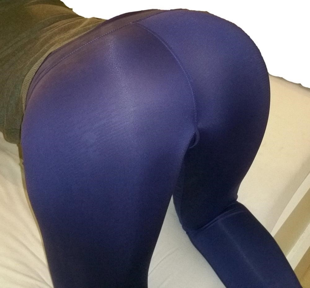 Yoga pants foot fetish-9923