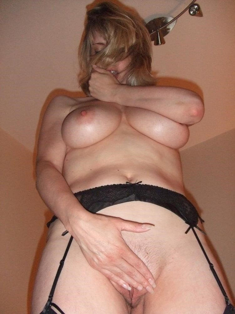 Hot blond milf anal-5548