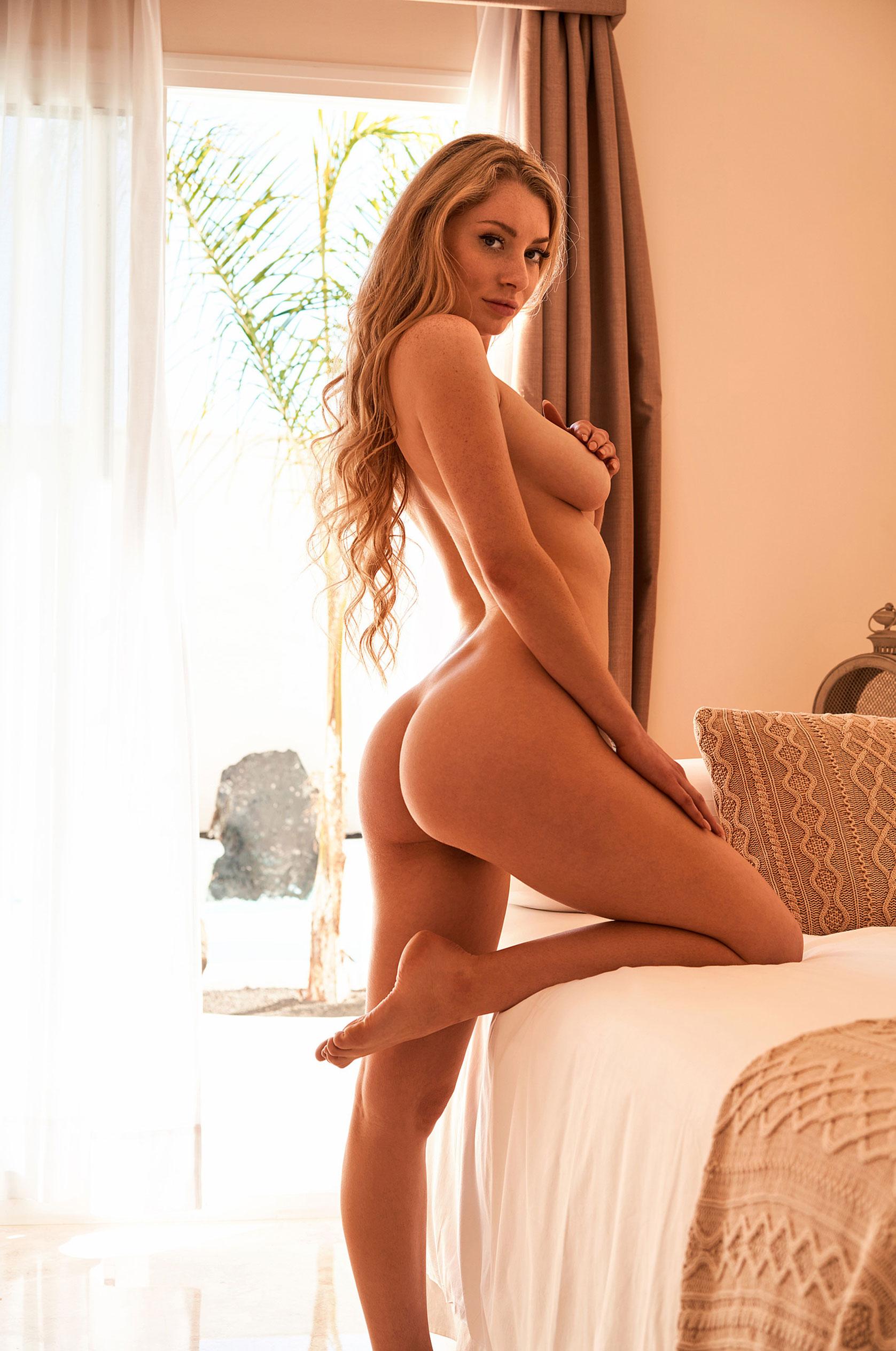 Девушка месяца немецкого Playboy в июле 2020 - Изабелла Странгмюллер / фото 09