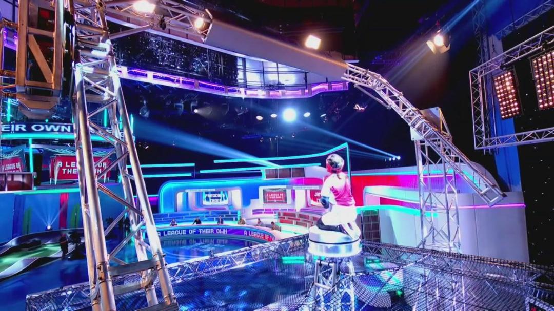 A League Of Their Own UK S15E01 720p AHDTV x264-FaiLED