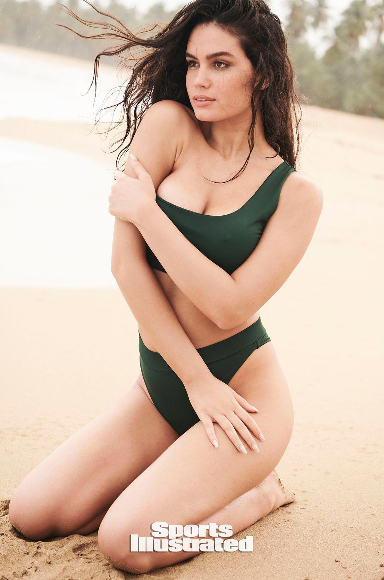 Энн де Паула в каталоге купальников Sports Illustrated Swimsuit 2020 / фото 11