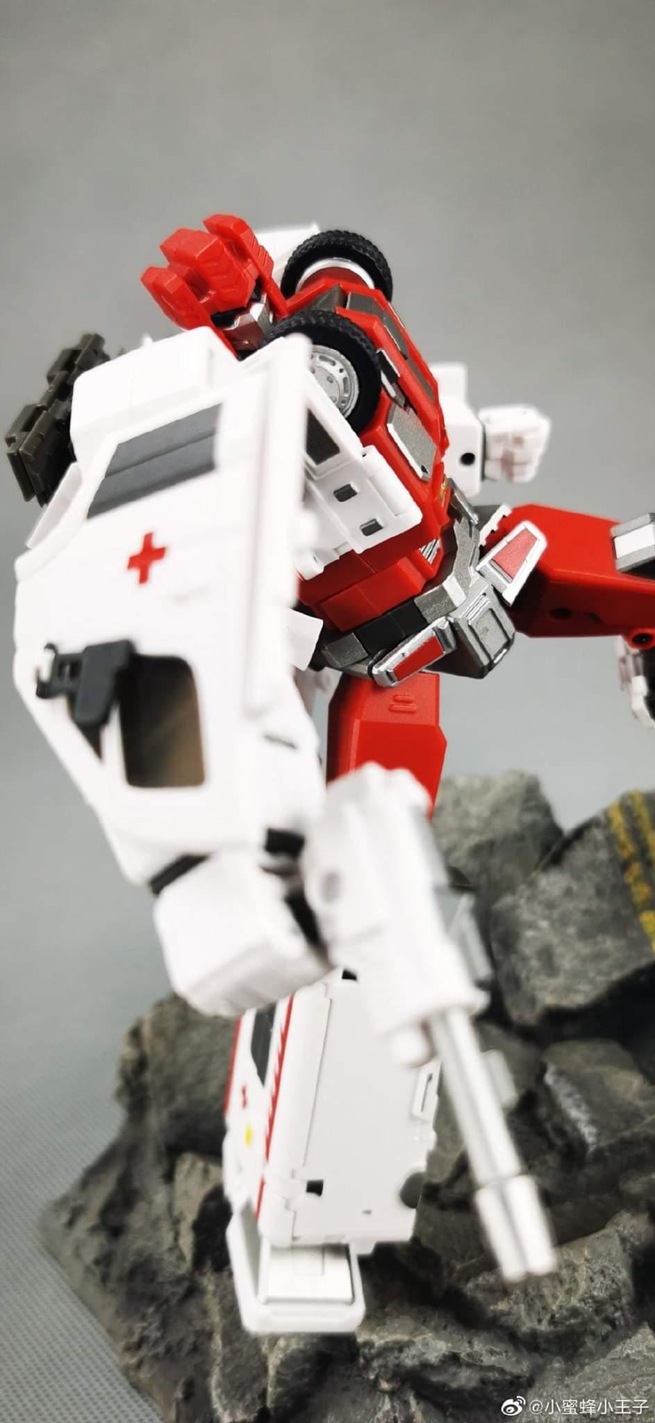 [Generation Toy] Produit Tiers - Jouet GT-08 Guardian - aka Defensor/Defenso - Page 2 L523ypZa_o