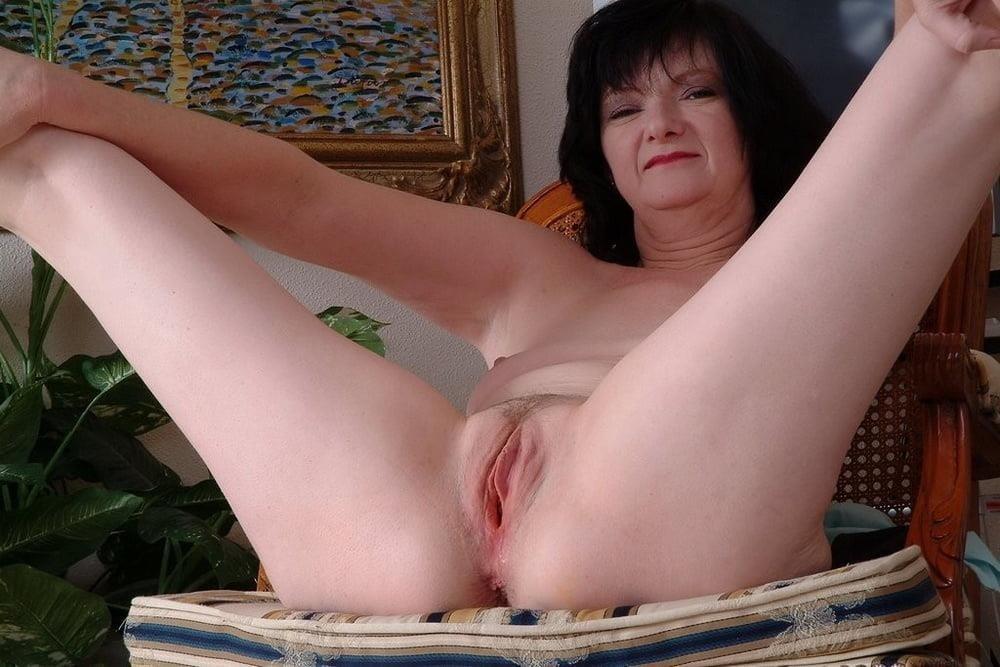 Mature women boobs pics-9968