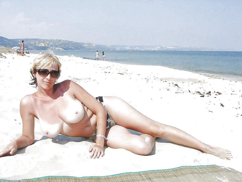 Big boobs nude on beach-5487