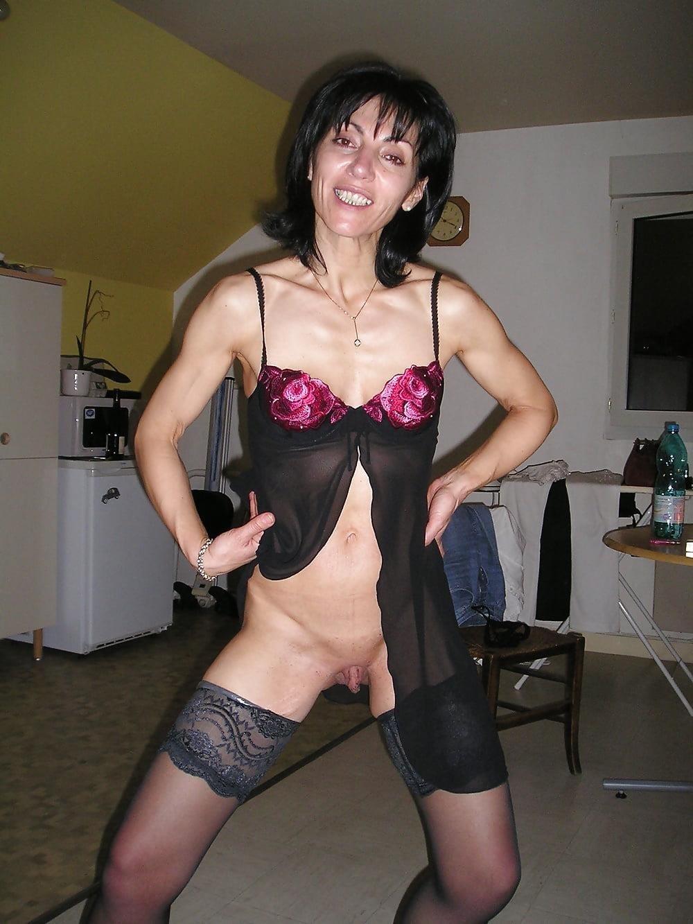 Hot girls bathing naked-7255