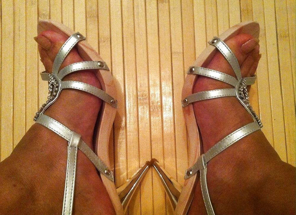 Natural tits high heels-4148