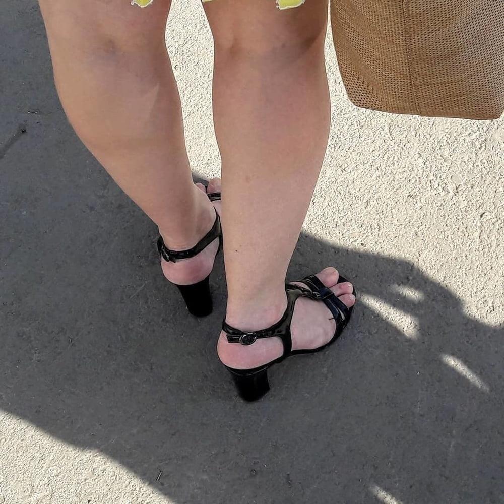 Candid feet porn-7982