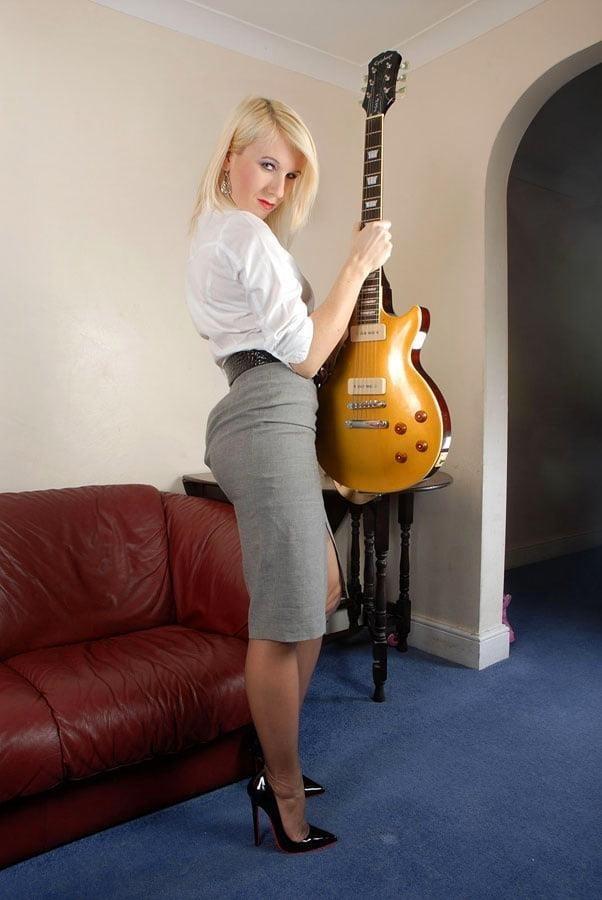 Genuine leather pencil skirt-6963