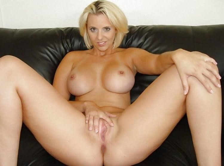 Naked women cunnilingus-5294