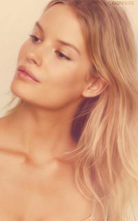 Alena Blohm - Page 2 LK5BXvxG_o